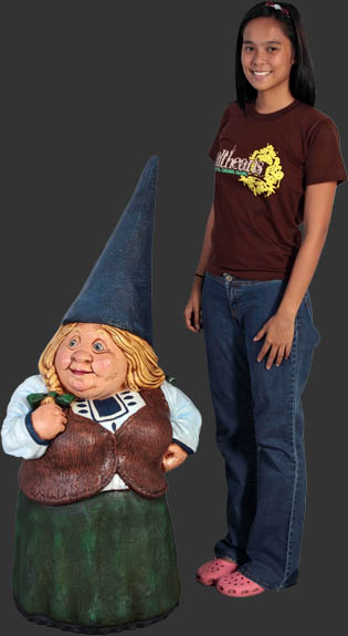Female Gnome / Fiberglass