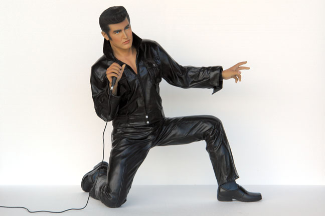 Elvis Kneeling with Microphone 6ft.