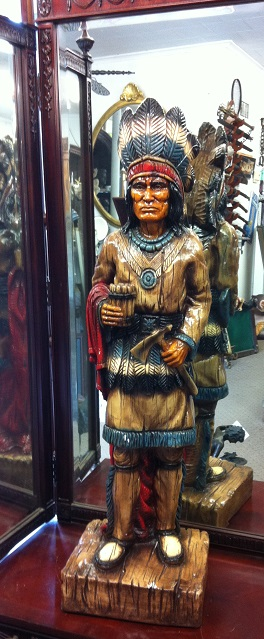 Indian Chief 42 '' / Porcelain
