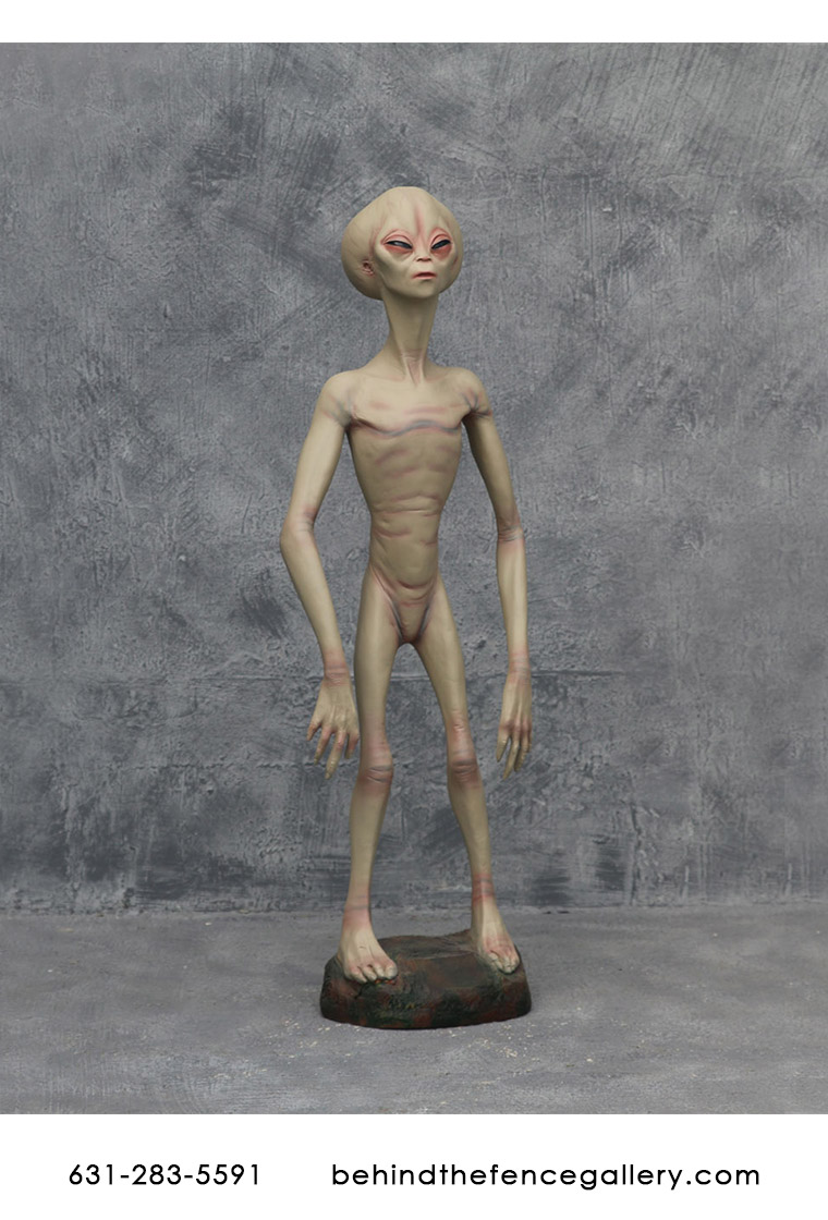 Alien Encounter Statue