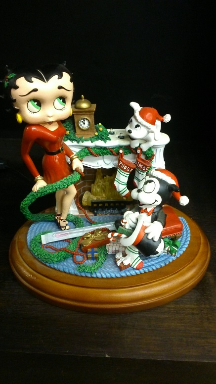 Betty Boop Holiday Heart